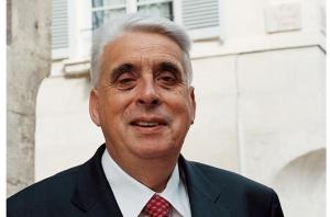 """J.-P. Sueur rapporteur PS du projet de loi sur le référendum d'initiative partagée qui a """"nettoyé"""" le projet de l'amendement dît """"Le Fur-De Rugy"""""""