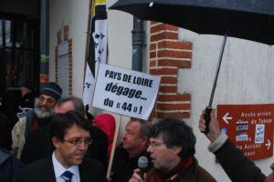 Emile Granville au micro face à Christophe Clergeau (Jean Louis Fougère derrière lui)