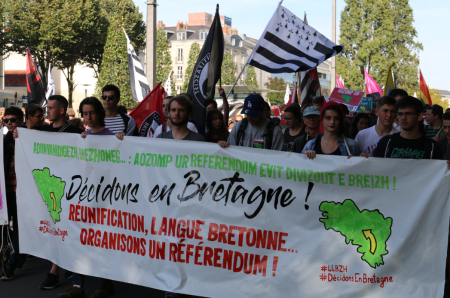 2018_09_29_Manifestadeg_Naoned_44BZH_Gwir_Da_Zivizout_Manifestation_Nantes_Pour_Une_Bretagne_Reunie_Et_Droit_De_Decider_BZH_6